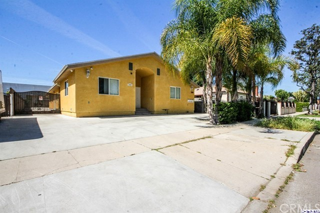Single Family for Sale at 7907 Stansbury Avenue Panorama City, California 91402 United States