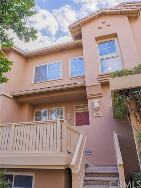 325 W Summerfield Cr, Anaheim, CA 92802 Photo 28