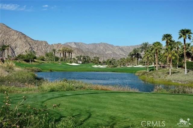 Photo of home for sale at 52605 Via Dona, La Quinta CA
