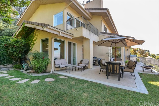 Single Family Home for Sale at 14 Deerhill Drive Rolling Hills Estates, California 90274 United States
