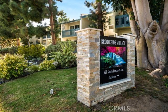 611 Prospect Avenue, Redondo Beach, California 90277, 2 Bedrooms Bedrooms, ,1 BathroomBathrooms,Condominium,For Sale,Prospect,SB19242337