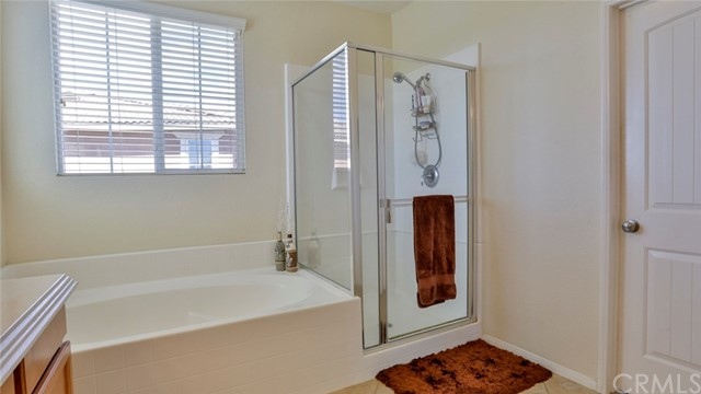 29111 Rocky Point Court, Menifee CA: http://media.crmls.org/medias/a9e88ce4-d8e6-438b-859f-92d3be546277.jpg