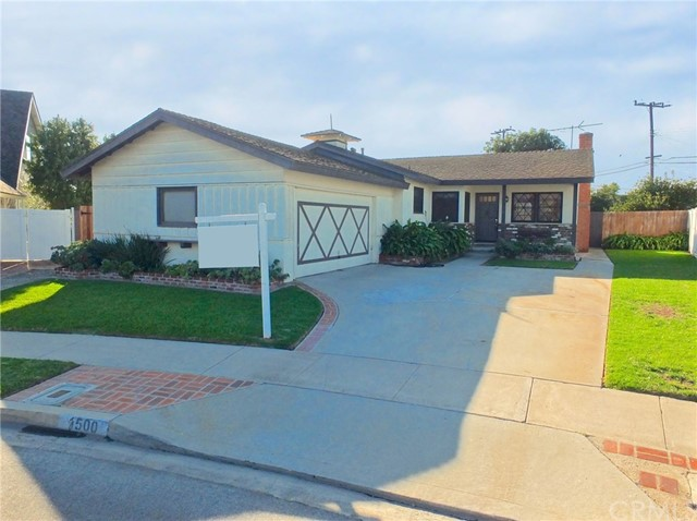 Single Family Home for Sale at 1500 Emerald Cove Way Seal Beach, California 90740 United States