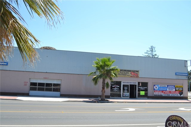 Casa Unifamiliar por un Venta en 1113 Solano Street Corning, California 96021 Estados Unidos