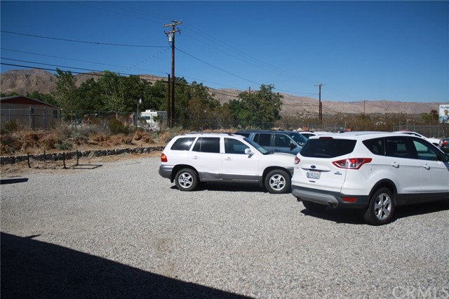 49896 29 PALMS Highway, Morongo Valley CA: http://media.crmls.org/medias/a9fcfa6c-f03f-4865-8d1e-079770c22db5.jpg