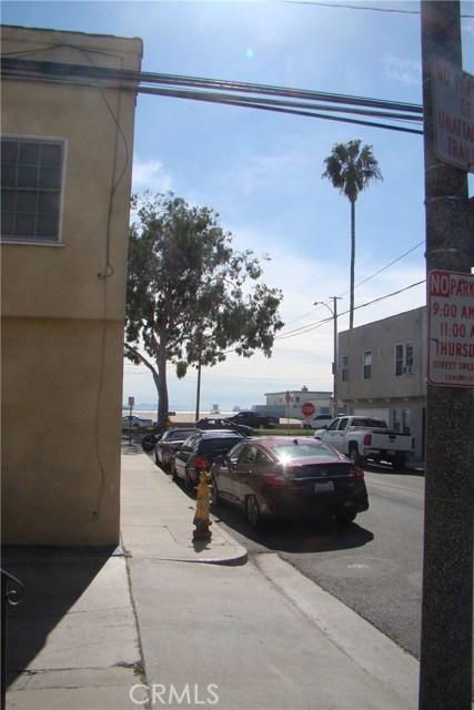 20 Nieto Avenue, Long Beach CA: http://media.crmls.org/medias/a9fd6f04-1baf-4b3a-ba67-ffb2f6cd00f2.jpg