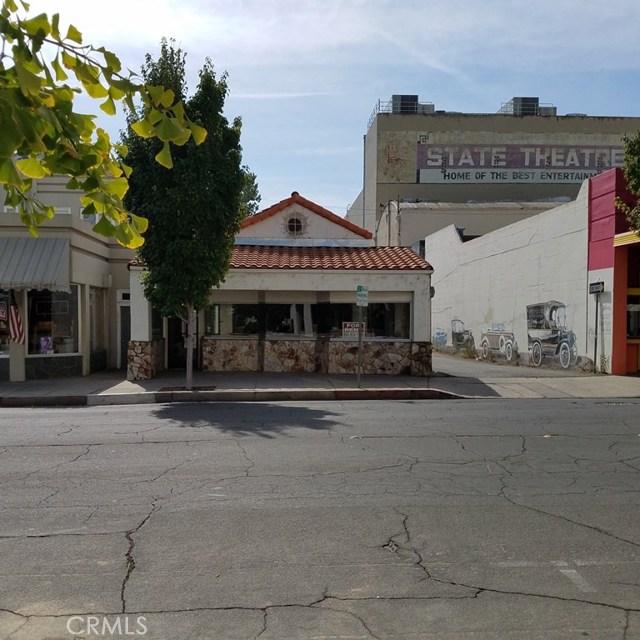 2055 Bird Street, Oroville CA: http://media.crmls.org/medias/aa01e4c0-49dc-4135-ac47-6e4d0e77169a.jpg