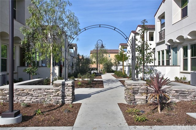 406 Trailblaze, Irvine, CA 92618 Photo 18