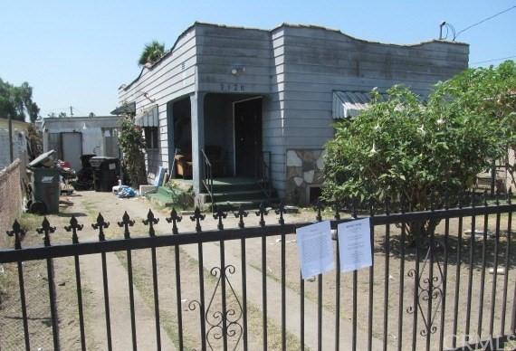 2128 E 122nd Street Compton, CA 90222 is listed for sale as MLS Listing MB17165558