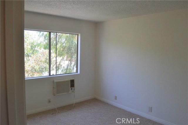 839 E 9th Street, Long Beach CA: http://media.crmls.org/medias/aa102945-685f-4fa3-86c4-b5431fe9ac15.jpg