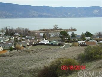375 LAKEVIEW DRIVE, Lakeport CA: http://media.crmls.org/medias/aa183b02-b545-4260-8632-eeab870fde97.jpg