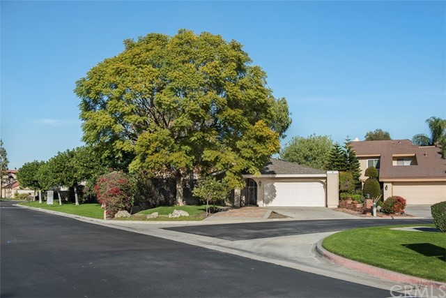 2019 W Compass Lane Anaheim, CA 92801 is listed for sale as MLS Listing PW17004408