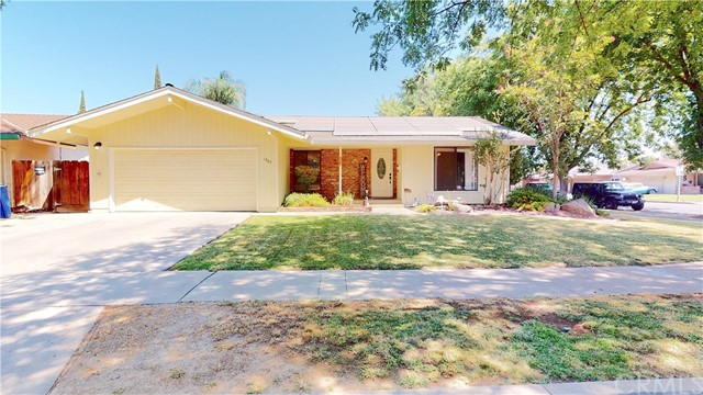 Detail Gallery Image 1 of 1 For 1985 E Alexander Ave, Merced,  CA 95340 - 3 Beds | 2 Baths