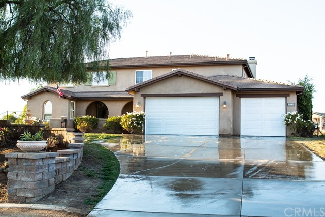 Photo of 16830 Eagle Peak Road, Riverside, CA 92504