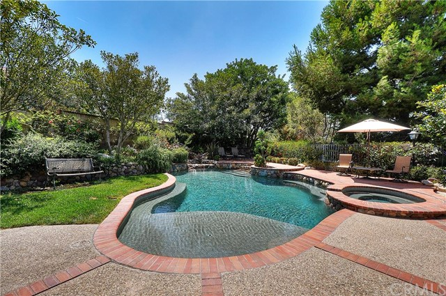Single Family Home for Sale at 22251 Shadow Ridge Mission Viejo, California 92692 United States