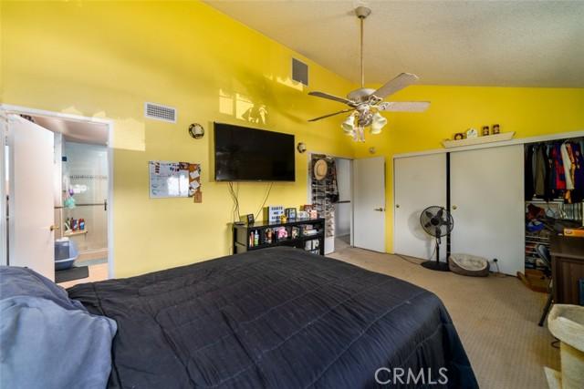 21755 Rimrock Street, Lake Forest CA: http://media.crmls.org/medias/aa4311cd-8f95-4fb4-84dd-ae61e888f77d.jpg