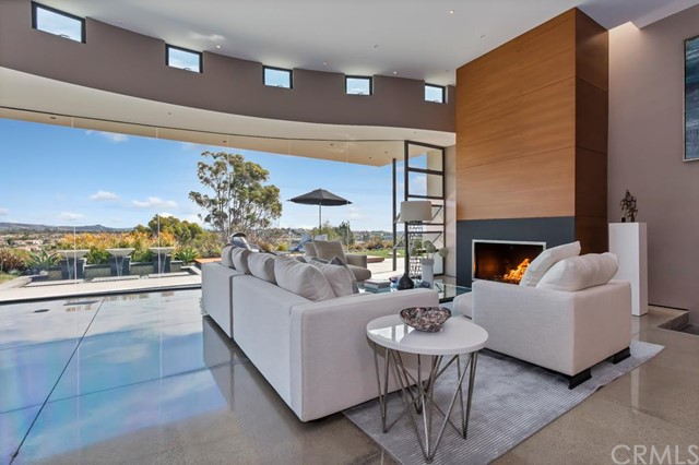 Single Family Home for Sale at 32542 Crete St Dana Point, California 92629 United States