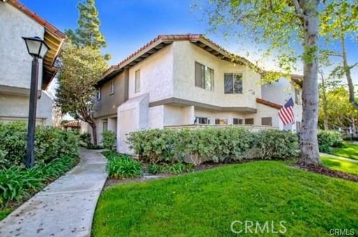 417 Tangelo, Irvine CA: http://media.crmls.org/medias/aa4d45c8-65a3-4487-a34b-8fc08bac6ef9.jpg