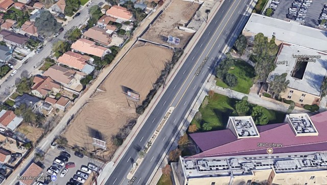 1741 N MOUNT VERNON Avenue Colton, CA 92324 - MLS #: WS17199270