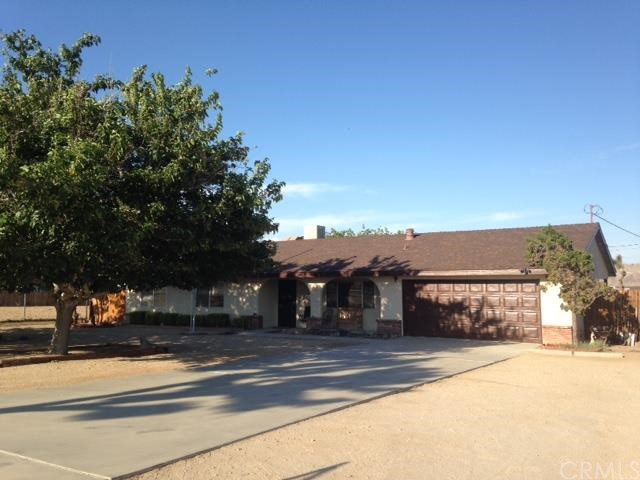 4561 Avalon Avenue, Yucca Valley CA 92284