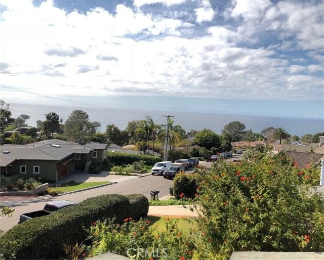 574 Amphitheatre Drive, Del Mar CA: http://media.crmls.org/medias/aa734e29-eabb-4dc7-9992-0cc2d150059b.jpg