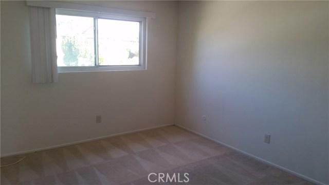 700 E Taft Avenue, Orange CA: http://media.crmls.org/medias/aa78a2b6-a734-429d-b3d5-6c3aa8b43ae0.jpg