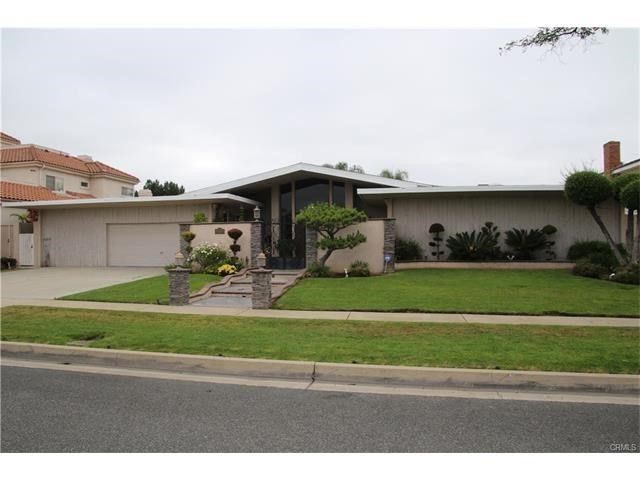 Single Family Home for Sale at 4332 Parkview Drive Lakewood, California 90712 United States