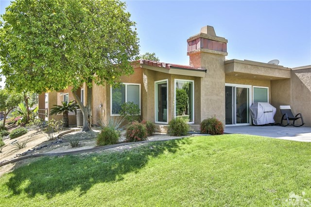 72412 Rolling Knolls Drive Palm Desert, CA 92260 is listed for sale as MLS Listing 217015044DA