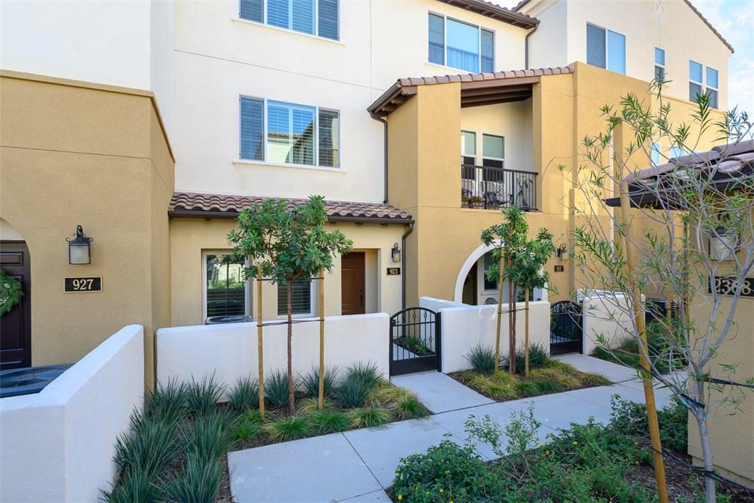 923 East Drapery Lane, Anaheim, CA 92802 Photo 1