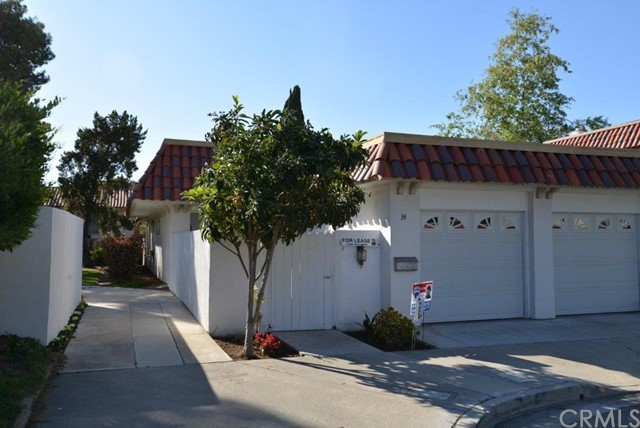 Single Family Home for Rent at 34 Wintersweet Way Irvine, California 92612 United States