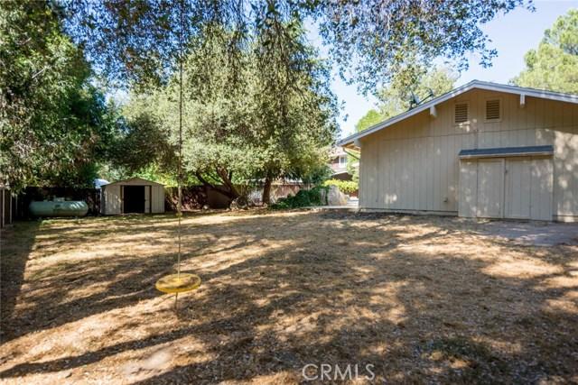 40768 Griffin Drive, Oakhurst CA: http://media.crmls.org/medias/aa885e35-c86c-4907-9644-055ba1a8e2fb.jpg