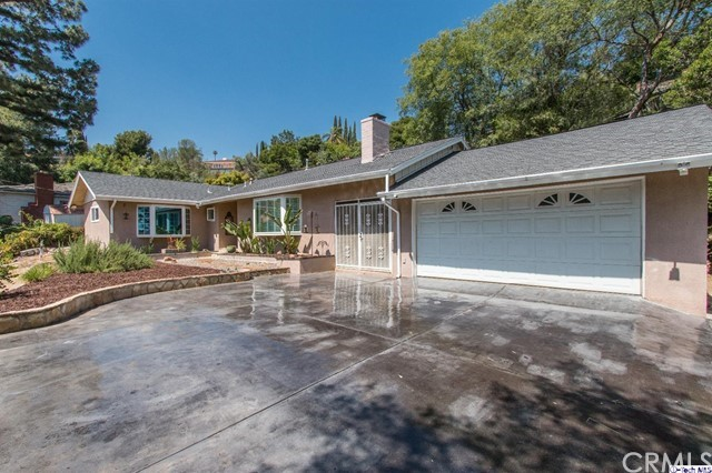 Single Family Home for Sale at 1475 Cordova Avenue Glendale, California 91207 United States