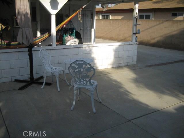 1614 S Pleasant Avenue, Ontario CA: http://media.crmls.org/medias/aa9d0287-1f4c-4aac-b5c7-f2ba455dc133.jpg