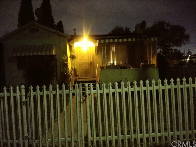 Photo of 154 W 118th Place, Los Angeles, CA 90061