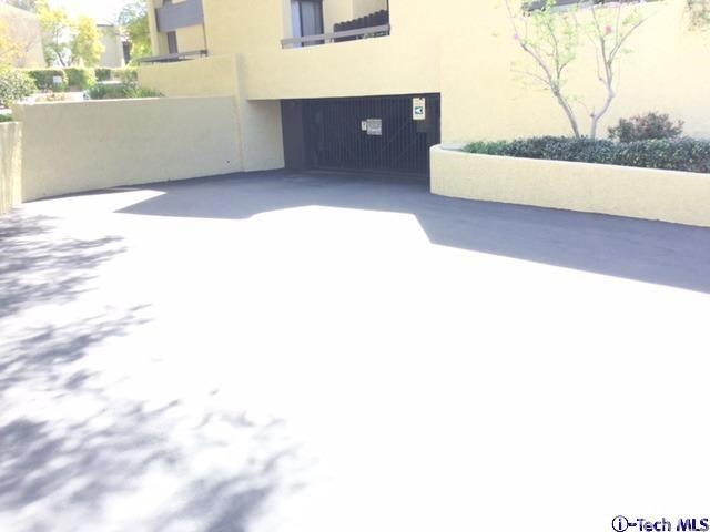 4040 Via Marisol, Los Angeles CA: http://media.crmls.org/medias/aaa506ec-6489-46c2-bc66-c34f07693efc.jpg