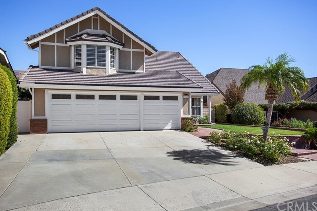 Single Family Home for Sale at 21422 Poplarwood Lake Forest, California 92630 United States