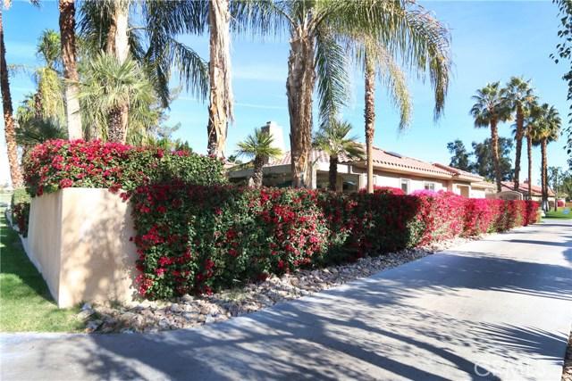 120 Kavenish Drive, Rancho Mirage CA: http://media.crmls.org/medias/aab086c2-bc8e-4594-9cc6-97bf4093976a.jpg