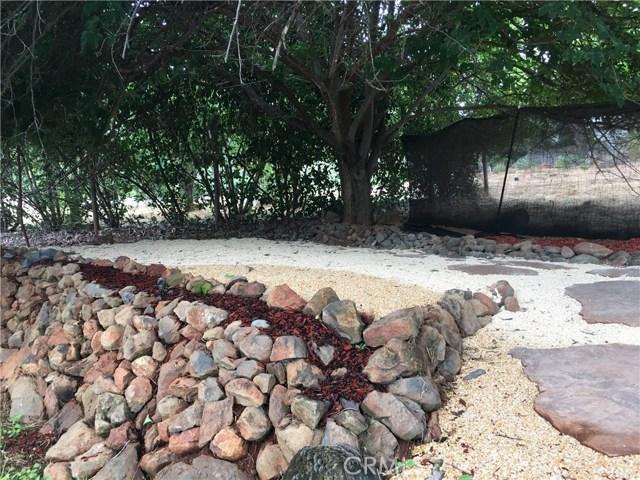 16496 Hacienda Court, Hidden Valley Lake CA: http://media.crmls.org/medias/aab21dad-bd2b-469f-a631-d6e5f77c4414.jpg