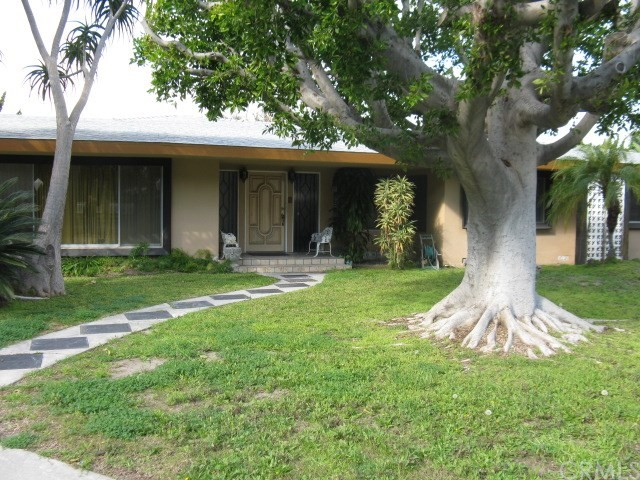 Single Family Home for Rent at 315 Hillview Road S Anaheim, California 92804 United States