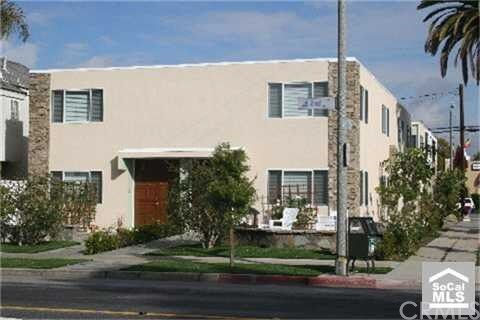 Residential Income for Sale at 3065 E 2nd Street 3065 E 2nd Street Long Beach, California 90803 United States