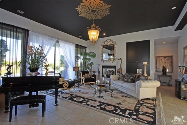 104 Loch Lomond Road, Rancho Mirage CA: http://media.crmls.org/medias/aab64d21-956e-4a83-947d-94f95c1a0399.jpg