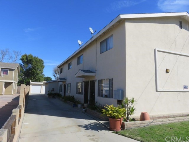 2109 Nelson Avenue Redondo Beach, CA 90278 is listed for sale as MLS Listing SB17043866