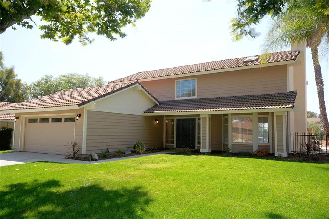 30761 Sky Terrace Dr, Temecula, CA 92592 Photo 2