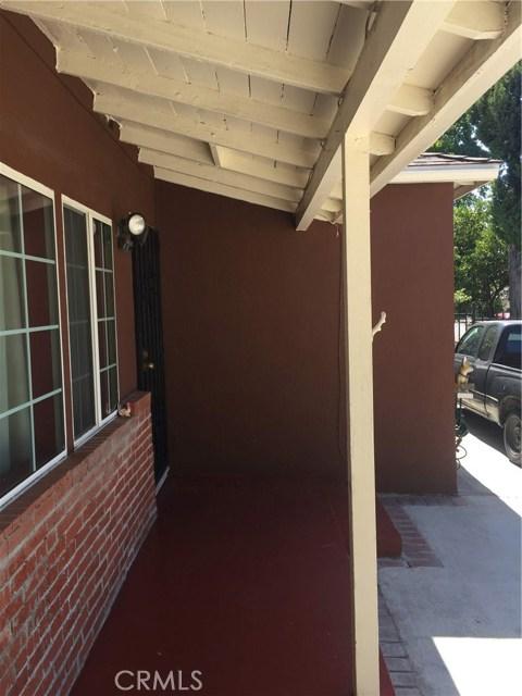 7854 Ben Avenue, North Hollywood CA: http://media.crmls.org/medias/aad14453-5c5d-4934-a2d5-876cd1906c83.jpg