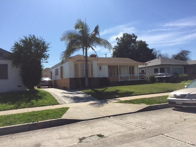Single Family for Sale at 530 118th Street W Los Angeles, California 90044 United States