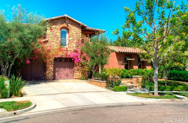 Single Family Home for Sale at 23 Shepard St Irvine, California 92620 United States