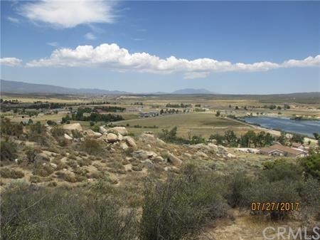 648 Skyview Way Aguanga, CA 92536 - MLS #: SW18034240