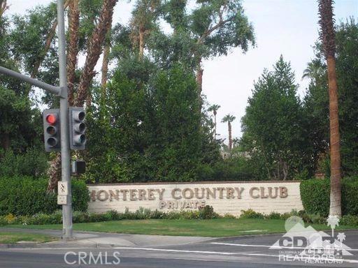 279 Tolosa Circle, Palm Desert CA: http://media.crmls.org/medias/aaec61bb-a7d2-4e55-b965-5c1e6d6ae3e6.jpg