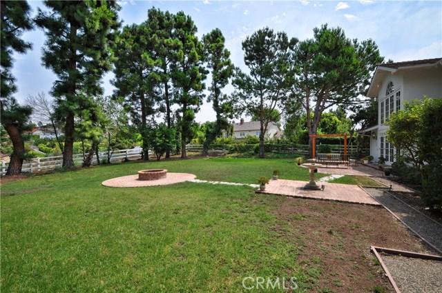 1 Clear Vista Drive, Rolling Hills Estates CA: http://media.crmls.org/medias/aafc601f-a30f-4b5a-8f44-ed7fa24af984.jpg