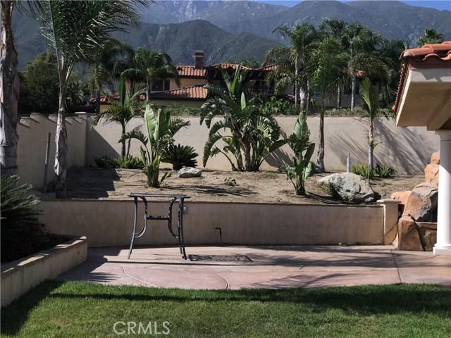 10438 Hidden Farm Road, Rancho Cucamonga CA: http://media.crmls.org/medias/ab132677-22c5-4f66-bd06-a76b2f52f78c.jpg